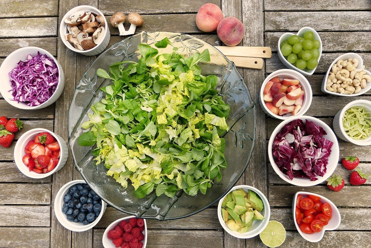 learn the link between healthy diet and complications during pregnancy